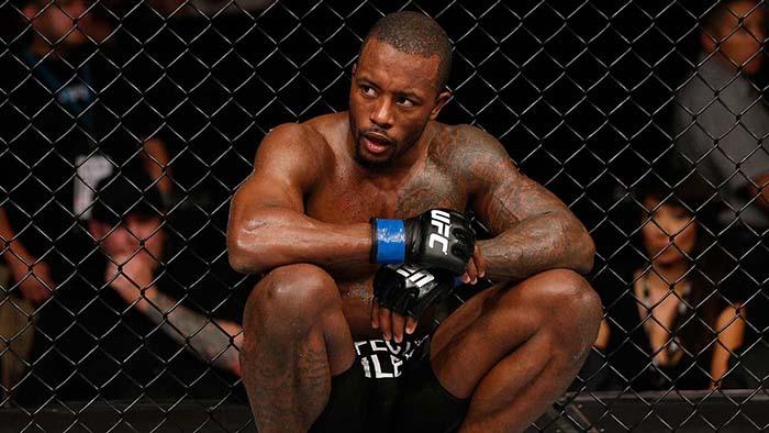 5 бойцов, которые уволены из UFC.